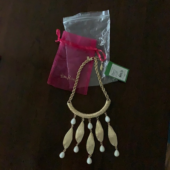 NWT Vintage Lilly Pulitzer She Shells necklace